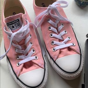 Pink Converse women's 8.5 US